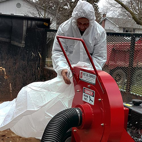 removal of insulation - vacuuming